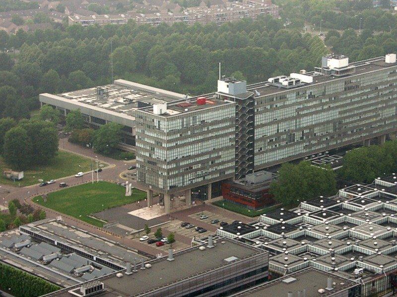 Luchtfoto TU/e - Arno van den Tillaart [CC BY 2.0] via wikimedia