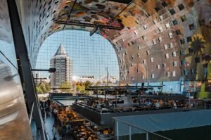 Markt hal Rotterdam - Mike van den Bos via Unsplash