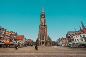 Delft - Toni Zaat via Unsplash