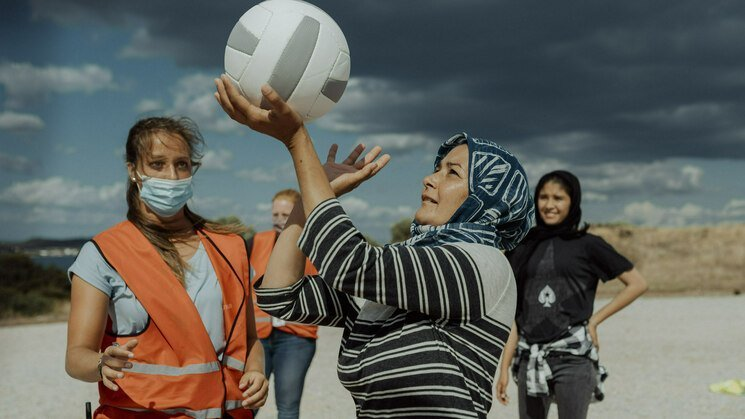 Volleyballers in Kamp Moria. Foto: Let's Keep The Ball Flying