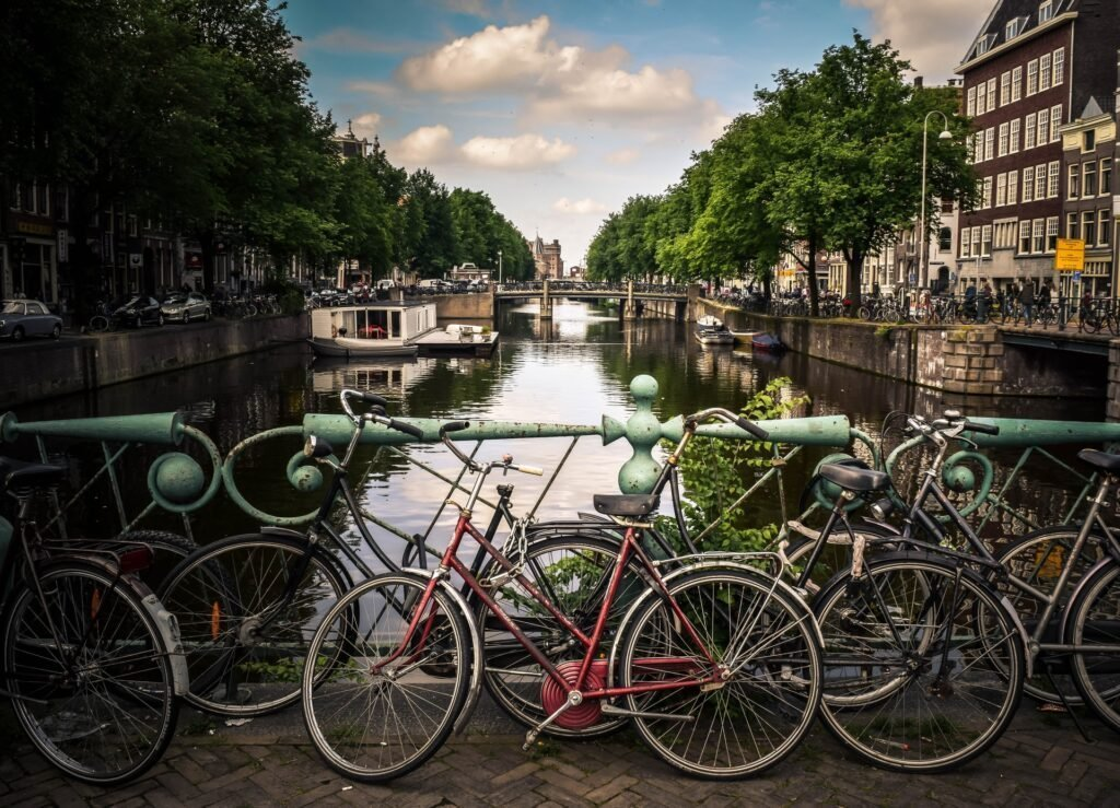 Amsterdam - Jace & Afsoon via Unsplash