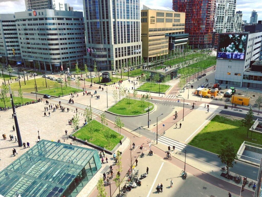 Rotterdam - Jurriaan via Unsplash