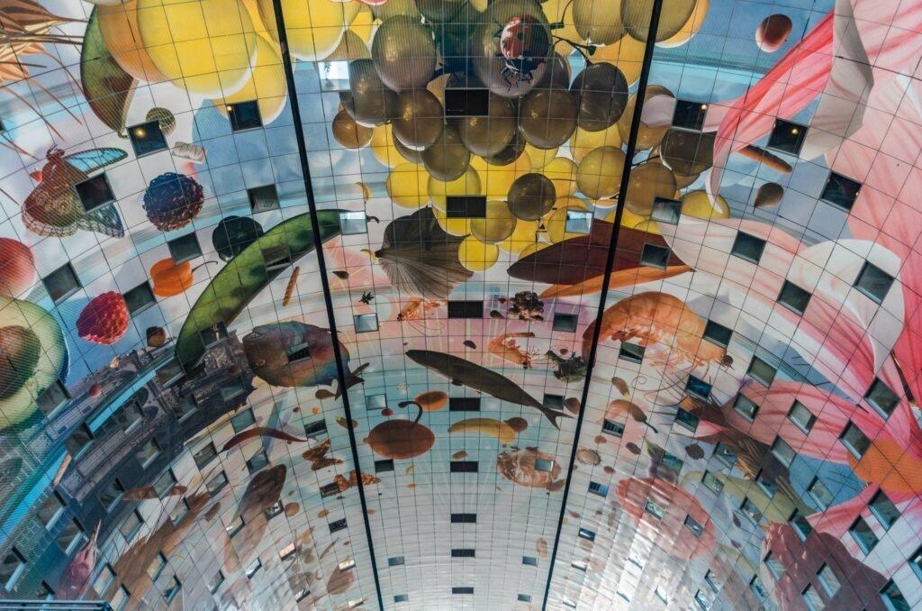 Rotterdam - Markthal - Mike van den Bos via Unsplash