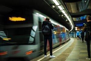 Metro Rotterdam - Nick Staal via Unsplash