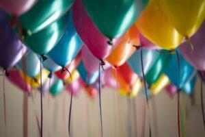 Ballonnen - Adi Goldstein via Unsplash