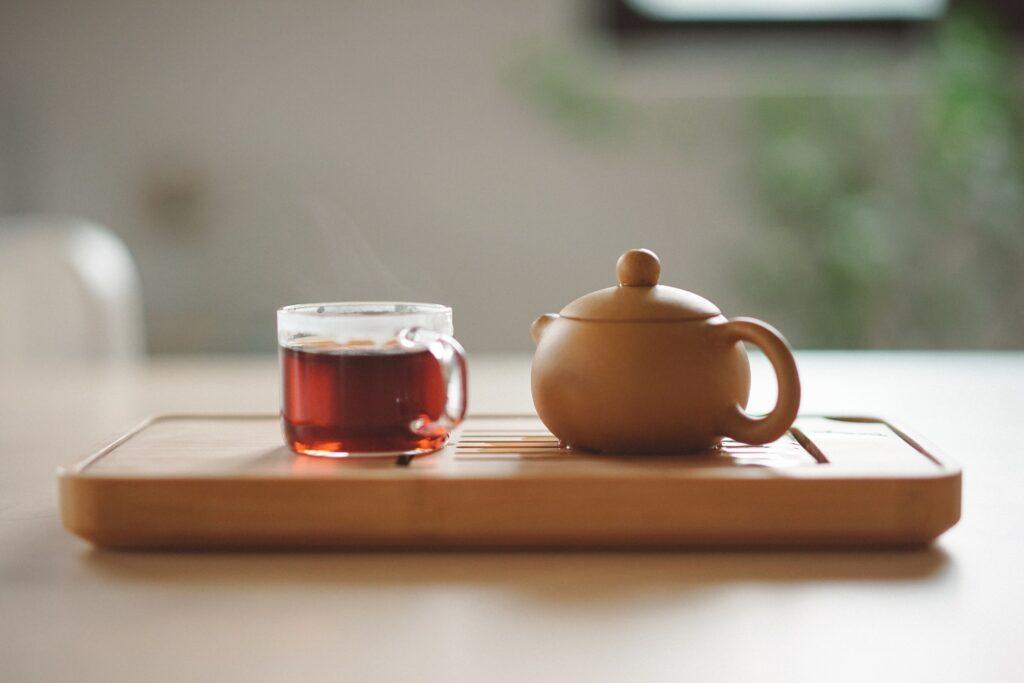 Glas thee - Manki Kim via Unsplash